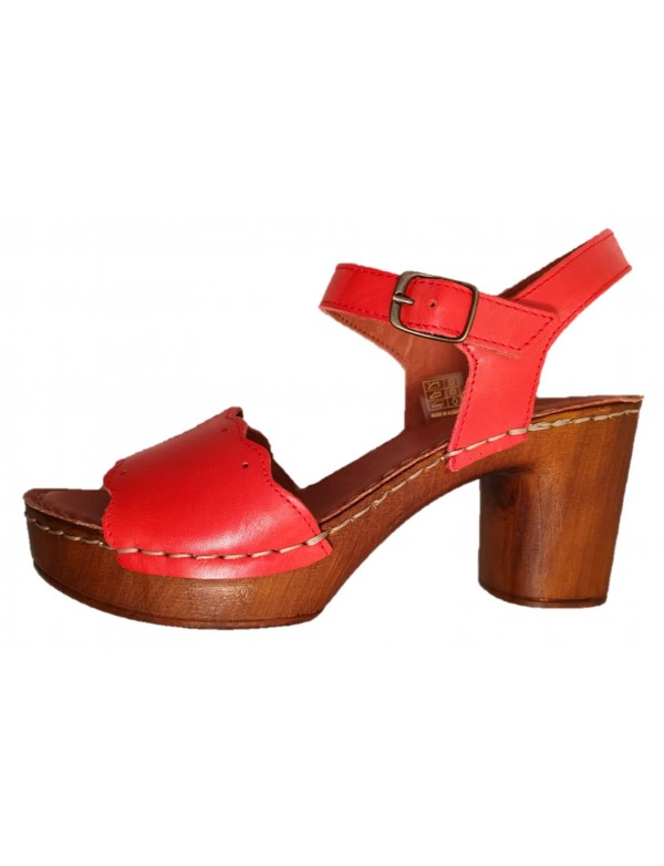 Leather sandals with heel, by Art