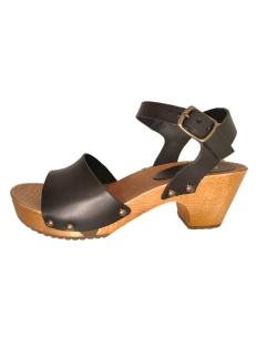 Clog sandals, by Glove