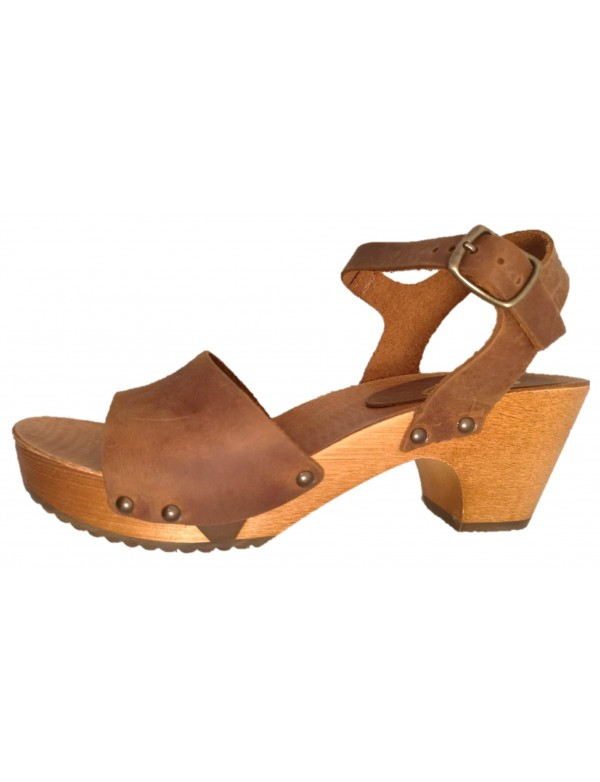 Wooden sandal clogs
