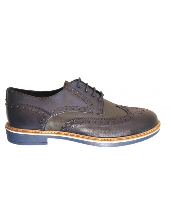 Casual wingtips for men
