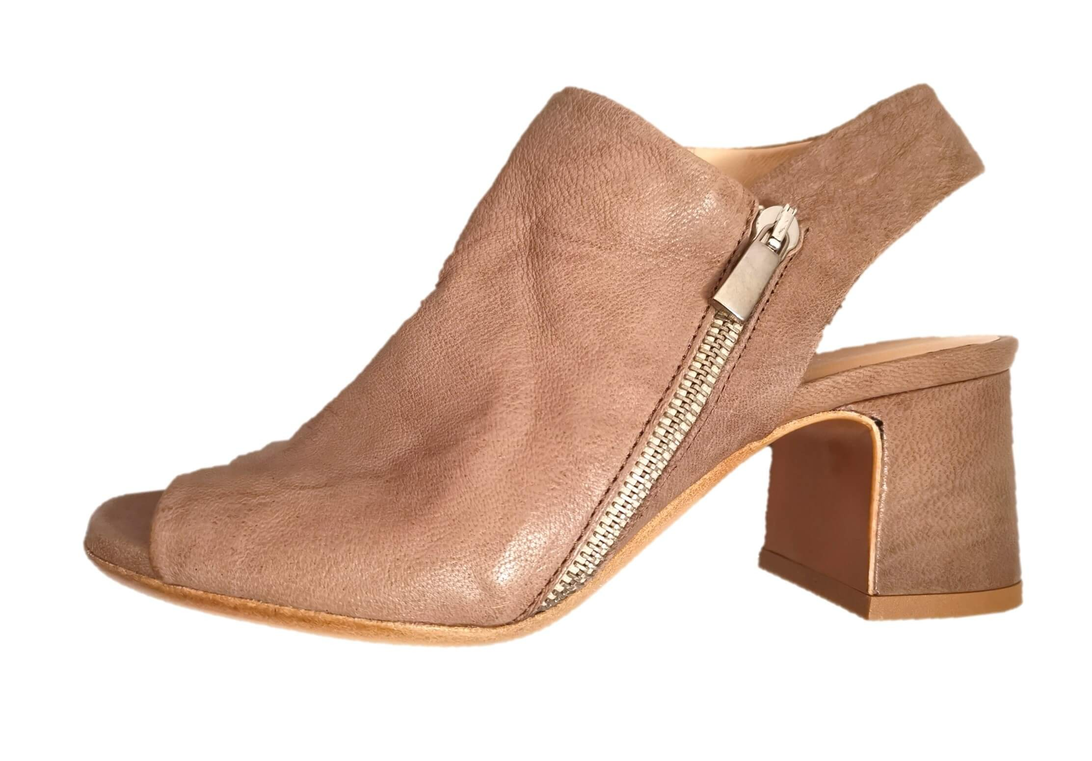 DEI COLLI Taupe suede english style toe chelsea boot heel