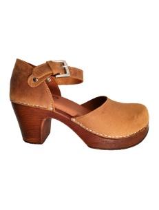 Sandali in pelle con tacco