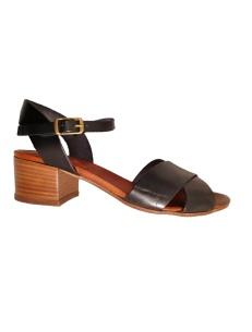 Sandali in pelle nera