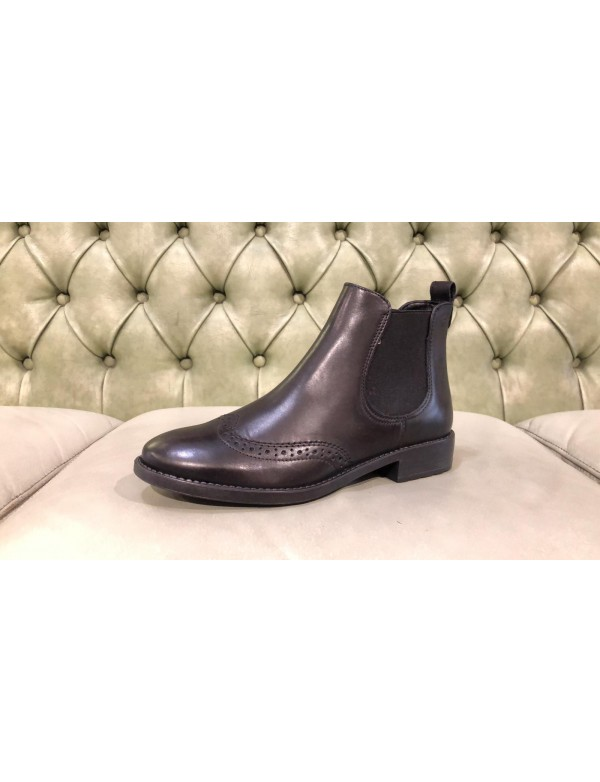Wingtip chelsea ankle boots for ladies