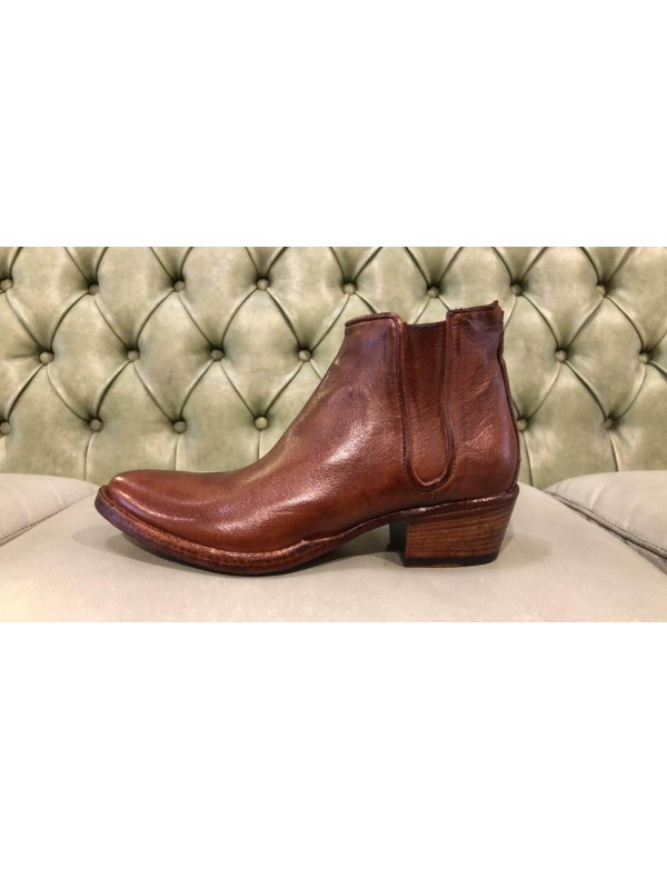 Italian leather booties, brown