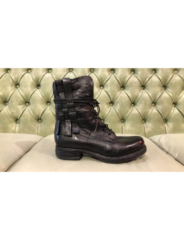AS98 black boots, Saintec line