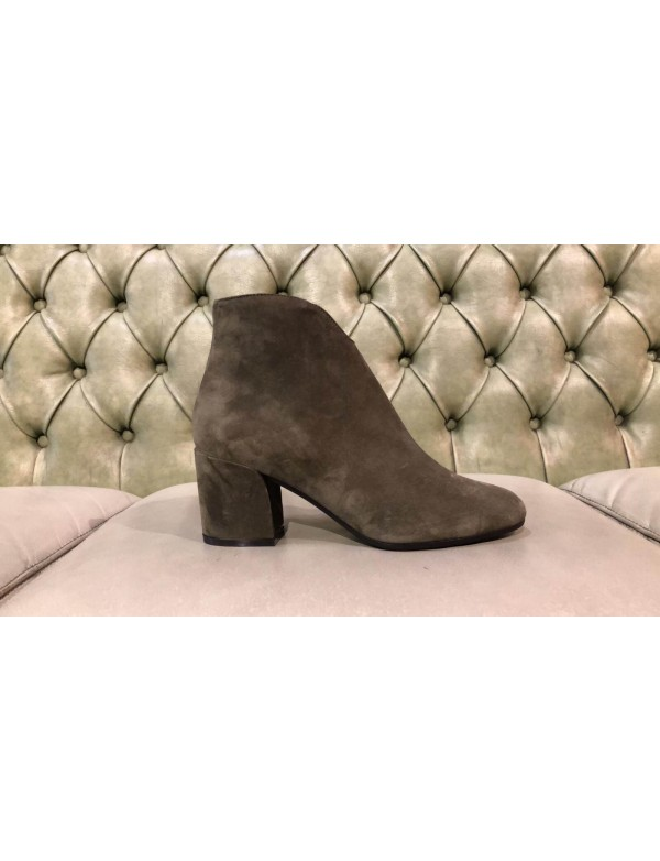 Suede heeled ankle boots, made in Italy