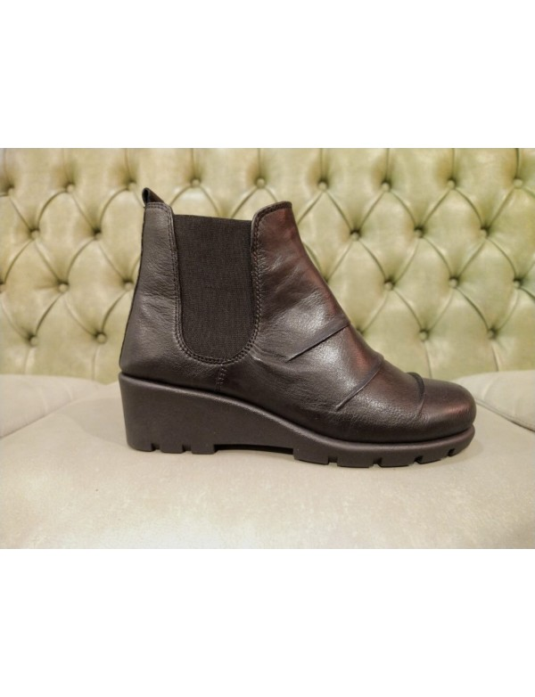 Hidden wedge ankle boots