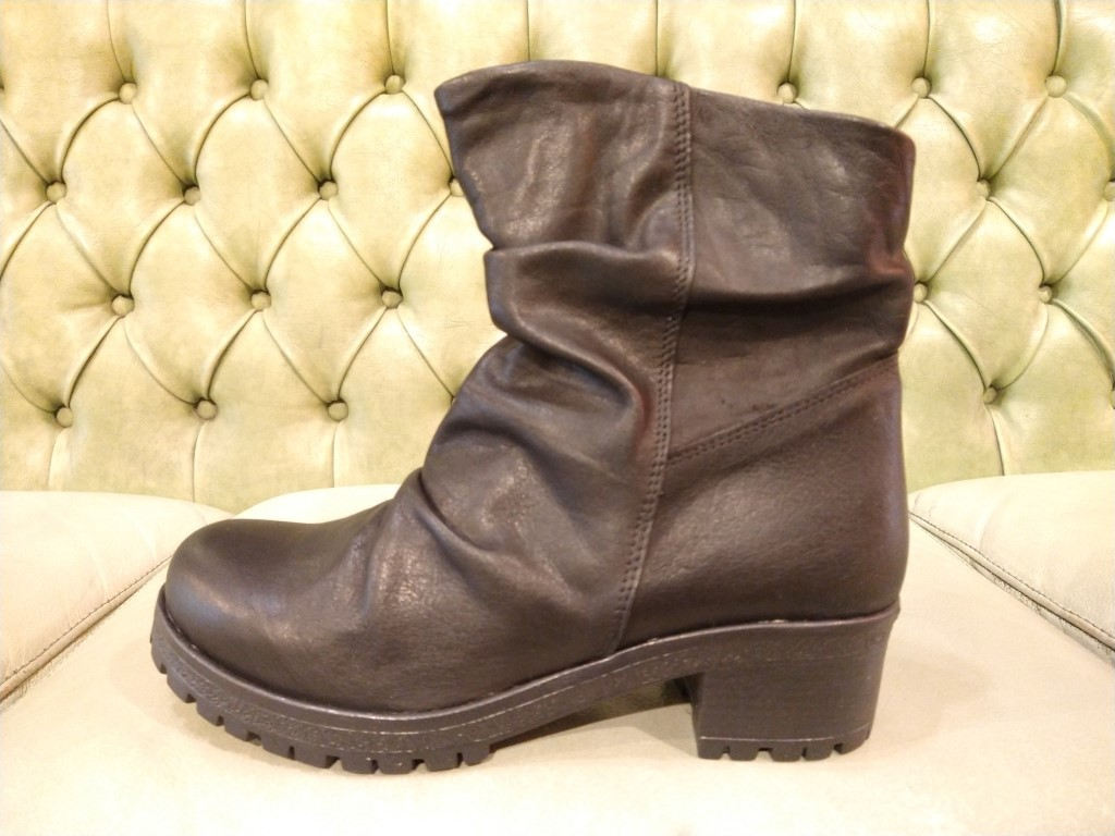 Pull on Slouch Boots for Women | Shoes