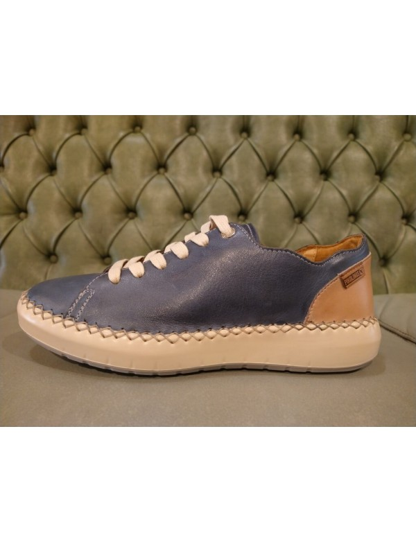 Leather laced shoes for ladies