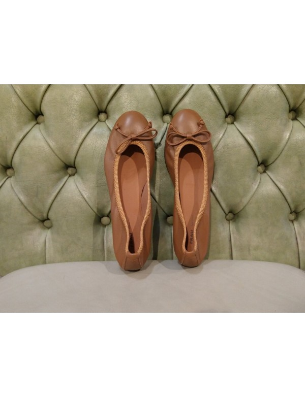Comfort leather flats, with bow, by Frau
