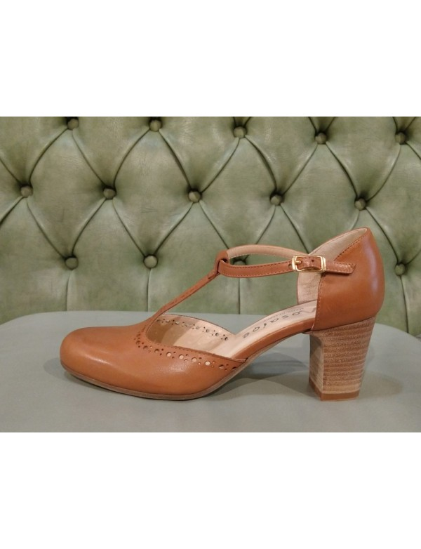 Brown leather t-bar pumps