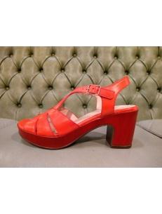 Wonders red sandals with block heel