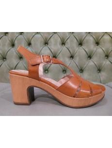 Ladies sandals Wonders brand