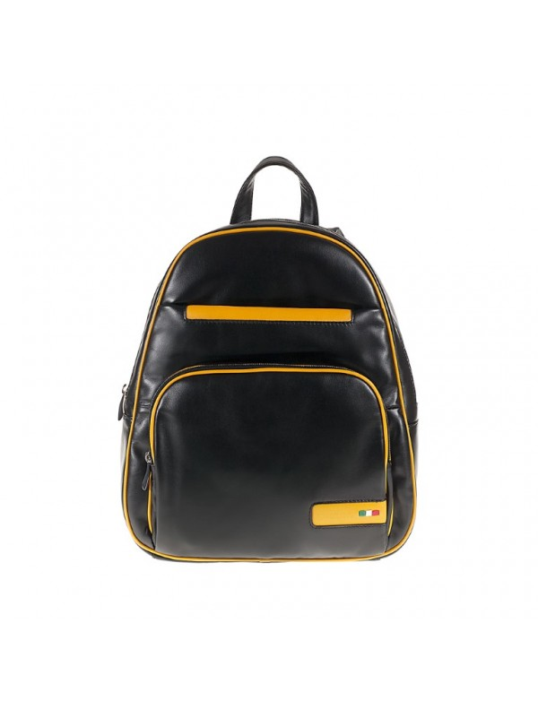 Leather backpack in black colour, made in Italy