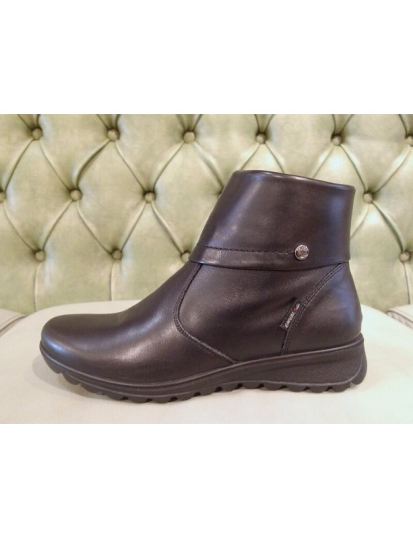 Black boots no heel, made in Italy