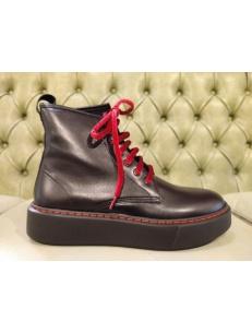 Platform boots in black leather