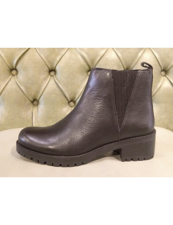 Skechers boots for ladies, Lugnut