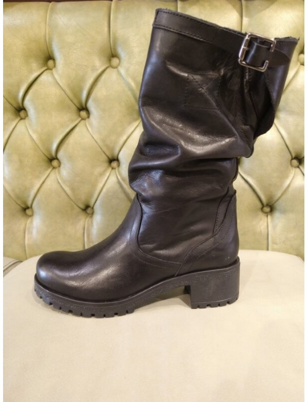 leather high boot for ladies, made in Italy
