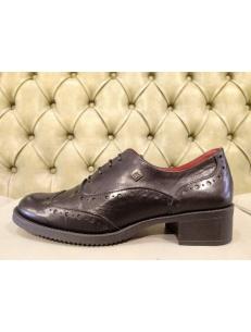 Womens wingtip heels