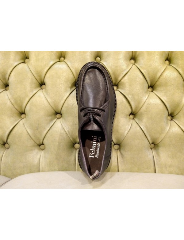 Apron shoes for men, in black leather