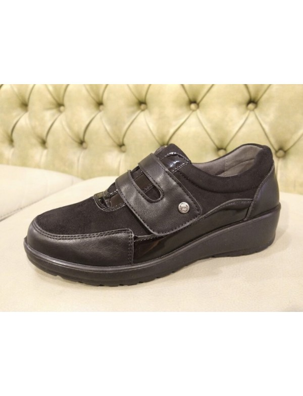 Velcro strap shoes for women