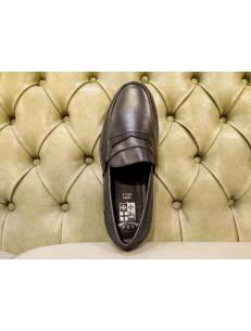 Italian loafer shoes for men