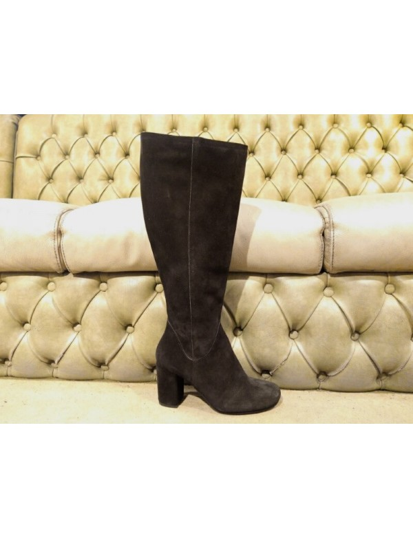 Suede boots for ladies, made in Italy