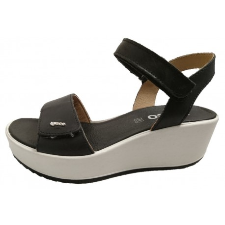 Italian wedge sandals for ladies, by Igi&Co