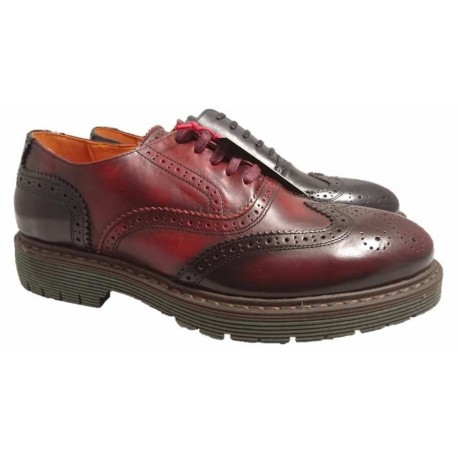 Wingtip casual shoes for men, by Ambitious