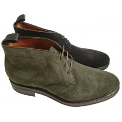 Italian suede chukka boots for men, by Mercanti Fiorentini