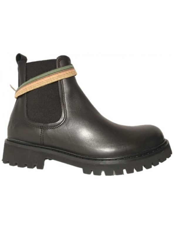 Lug sole Chelsea Boots