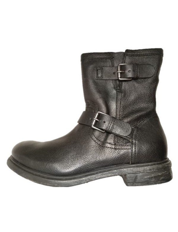 Winter combat boots for men. By Highway