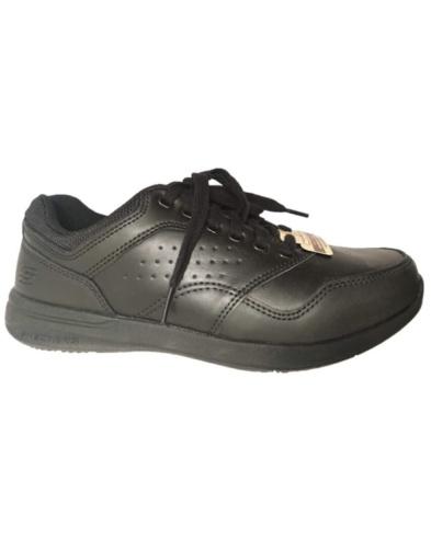 Sneaker shoes for men, by Skechers