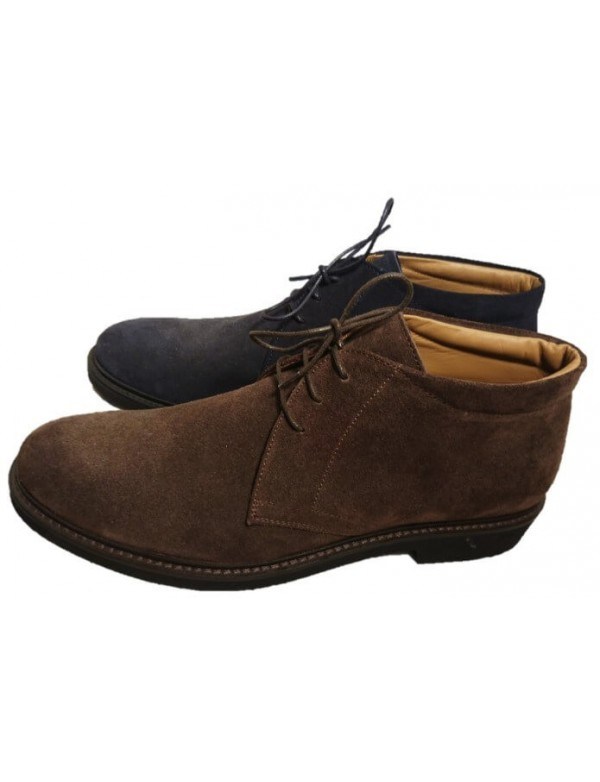Chukka boots for men, made in Italy