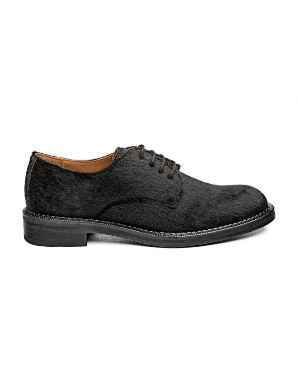 Hand crafted womens brogues