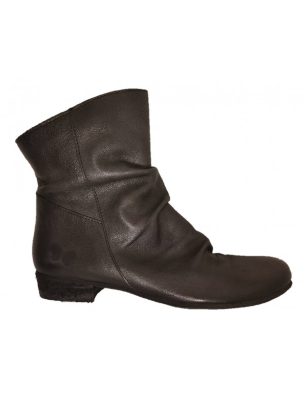 Soft low boot for women by Felmini