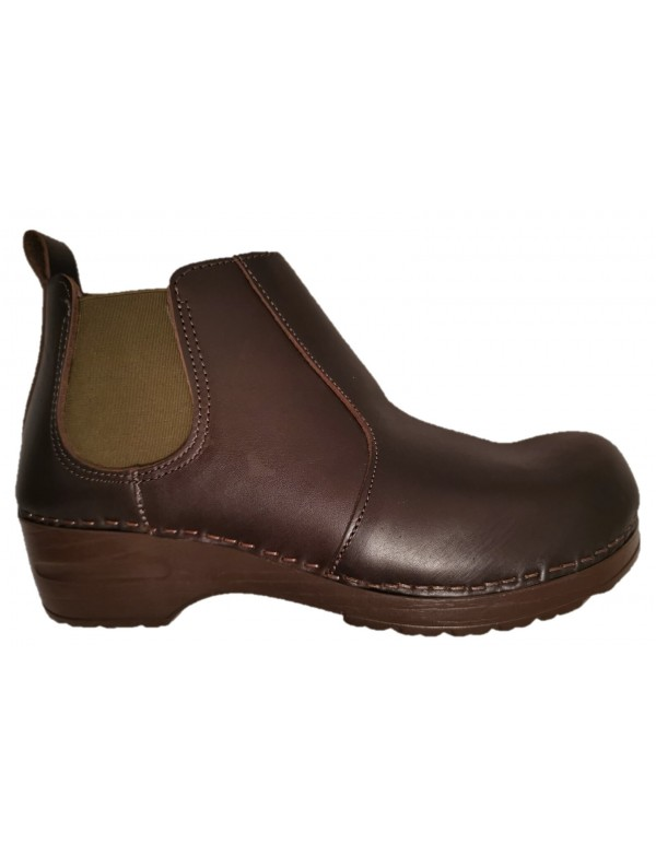 Fashion leather clogs, made in Italy
