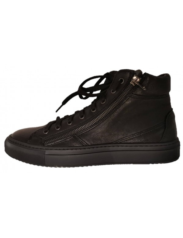 Trendy shoes for men, made in Italy