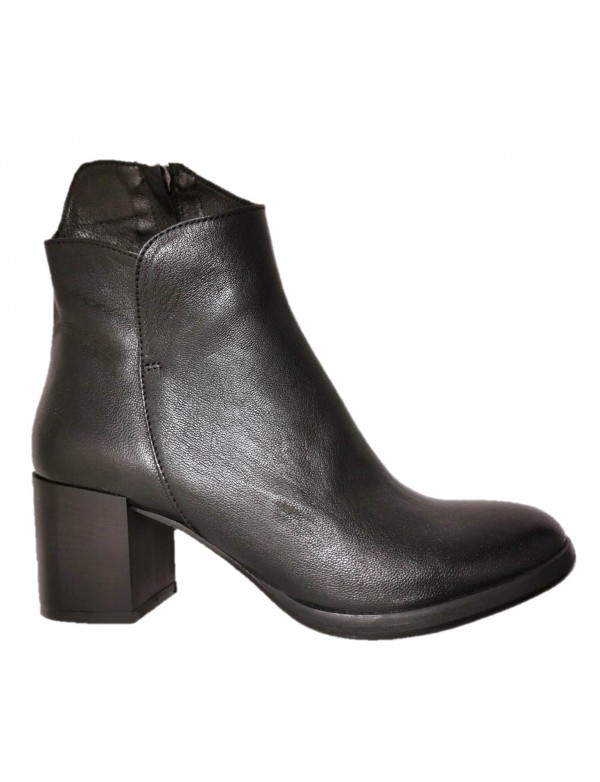 Made in Italy leather ankle boots