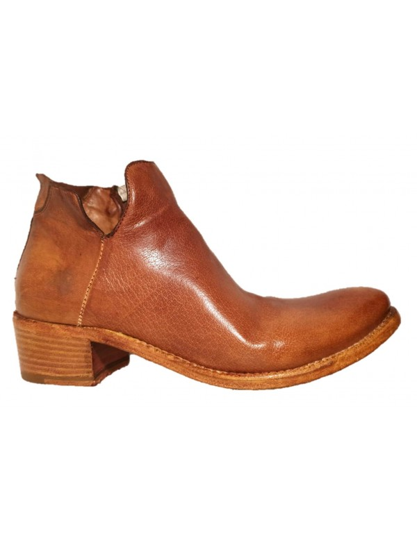 Italian handcrafted low boot