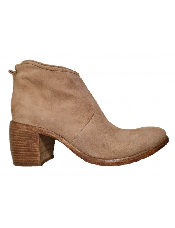 Ankle boots with high heel