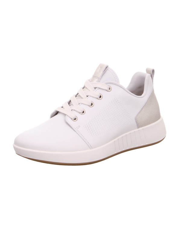 Sporty shoes for ladies